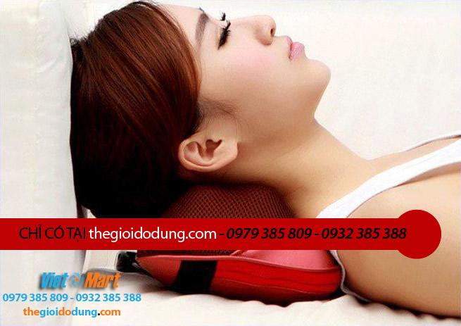 Gối massage dùng để giảm nhức mỏi cổ, vai, gáy