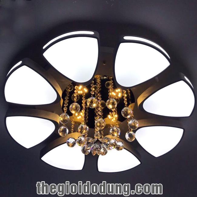 Đèn LED ốp trần trang trí A2 có 8 đèn
