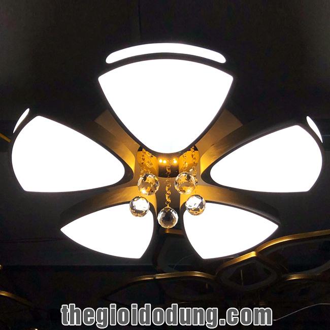 Đèn LED ốp trần trang trí B2 5 cánh